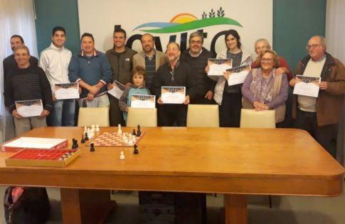 Jornada de ajedrez en Jovita