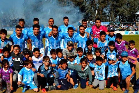San Martín venció a Belgrano en el clásico y calentó la definición