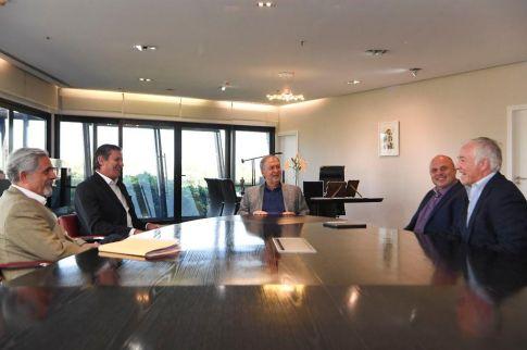 El gobernador se reunió con el CEO de Price Waterhouse & Co