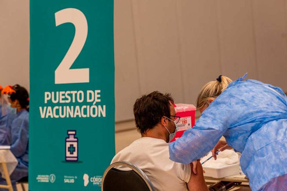 Este martes en la provincia se vacunaron 1.609 personas contra el coronavirus