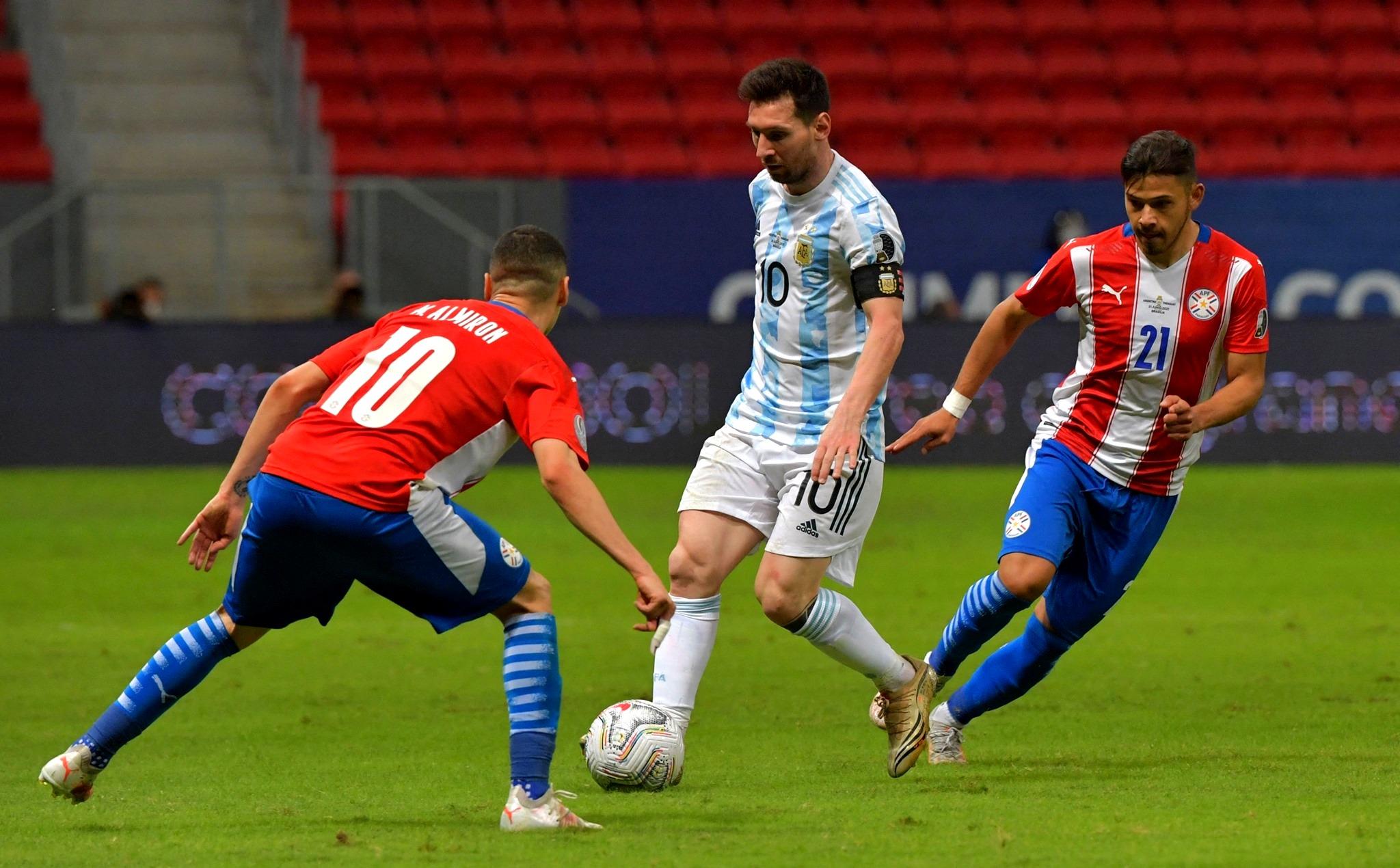 Argentina le ganó a Paraguay y clasificó a cuartos en la Copa América