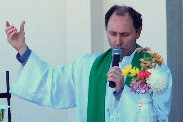 Se realizará una Novena por el eterno descanso del Padre Coqui