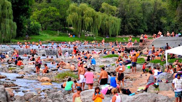 Fin de semana XXL: se movilizaron 300 mil turistas, generando unos $ 3.200 millones